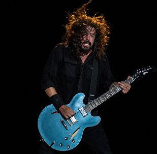 Американский рок-музыкант, основатель группы Foo Fighters Дэйв Грол