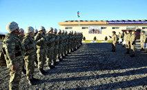 Министр обороны Азербайджана во время проверки состояния боеготовности передовых подразделений республики.