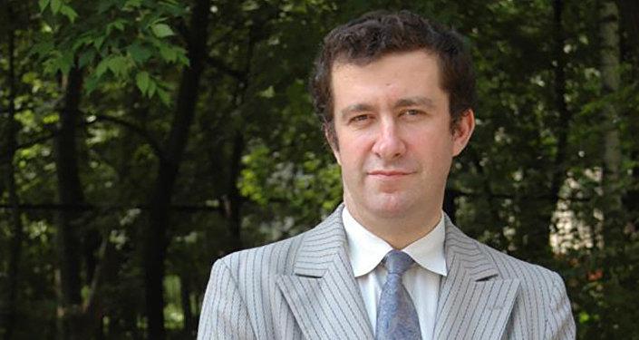 Политолог Александр Скаков