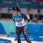 Японская биатлонистка Фуюко Татидзаки на дистанции гонки преследования среди женщин (12 февраля 2018). Пхенчхан, Южная Корея