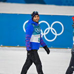 Призеры гонки преследования среди мужчин на XXIII зимних Олимпийских играх 2018 на церемонии награждения. Мартен Фуркад (Франция, золото), Себастьян Самуэльссон (Швеция, серебро), Бенедикт Долль (Германия, бронза)