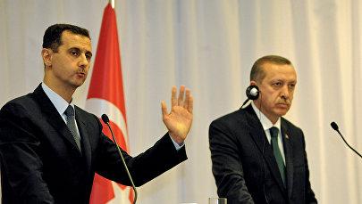 Реджеп Тайип Эрдоган и Башар Асад на совместной пресс-конференции (7 июля 2010). Стамбул, Турция