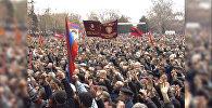 В первых внеочередных выборах президента Армении участвовали 12 кандидатов