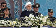 Президент Ирана Хасан Рухани на ежегодном военном параде (22 сентября 2017). Тегеран, Иран