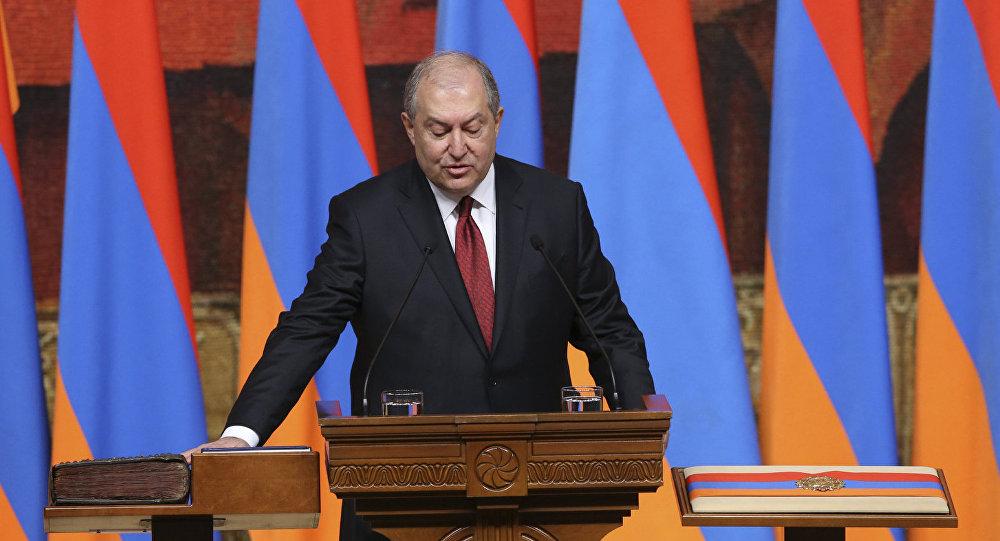 «Вопрос будущего Армении стоит ребром»: Лукашенко побеседовал сСаркисяном