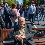 Активисты на проспекте Маштоца (17 апреля 2018). Ереван