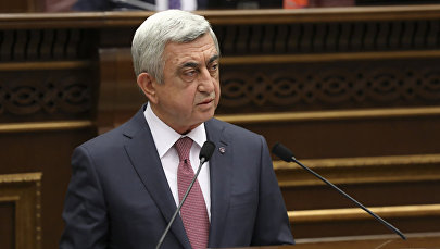 Премьер-министр Армении Серж Саргсян на специальном заседании Парламента Армении (17 апреля 2018). Ереван