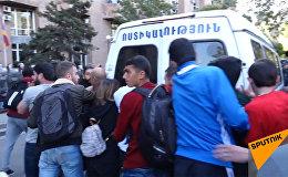 Акция протеста оппозиции в Ереване 19.04.2018