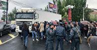 Ситуация на улице Алабяна (20 апреля 2018). Ереван