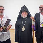 Католикос Всех Армян Гарегин II, Арутюн Хачатрян и Робер Гедикян