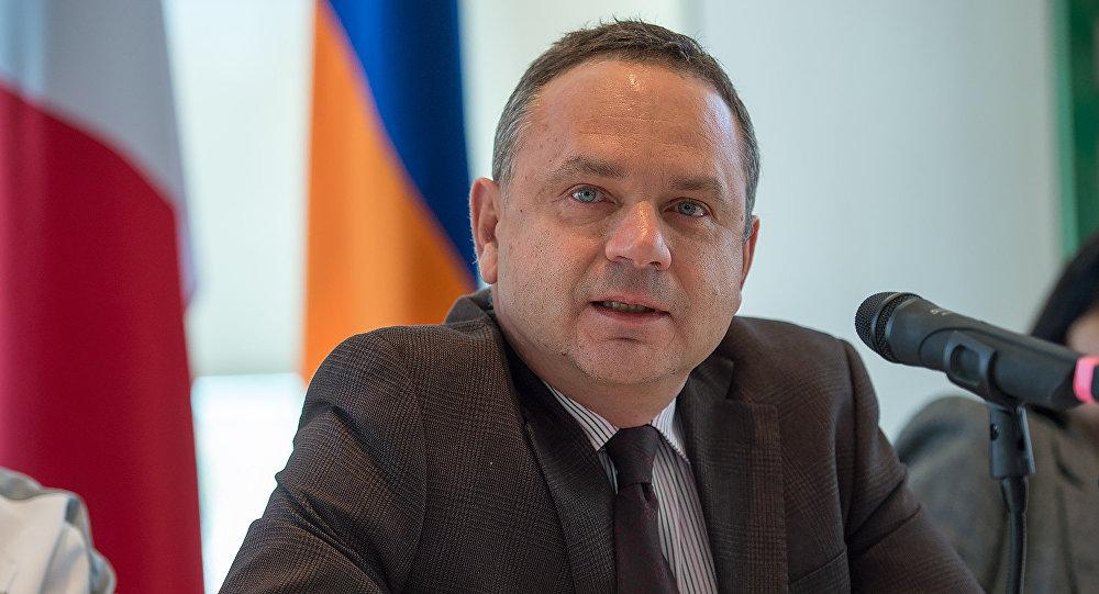 МИДРФ: Трактовка администрации Алиева итогов встречи поКарабаху— «извращенные интерпретации»