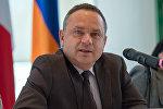 Посол Франции в Армении Жан Франсуа Шарпантье
