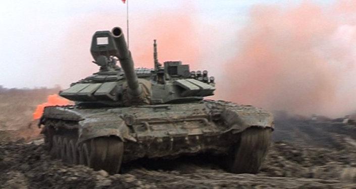 Окружной этап учений Танковый биатлон-2016