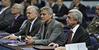 Джордж Клуни на Глобал Форуме в Ереване