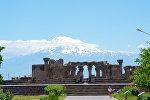 Храм раннесредневековой армянской архитектуры Звартноц