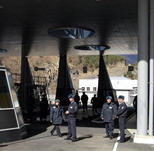 Автомобильный пункт пропуска Верхний Ларс на грузино-российской границе