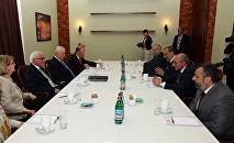 Встреча президента НКР Бако Саакяна и председателя ОБСЕ Франка-Вальтера Штайнмайера
