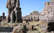 Развалины армянского города Ани