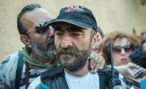 Члены вооруженной группы, захватившей здание полка ППС в Ереване. Павлик Манукян