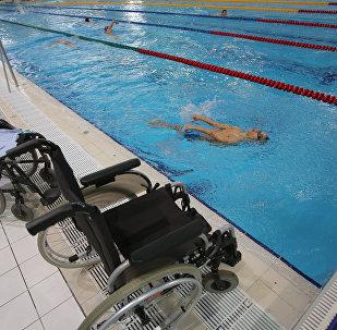 Тренировка паралимпийской сборной по плаванию