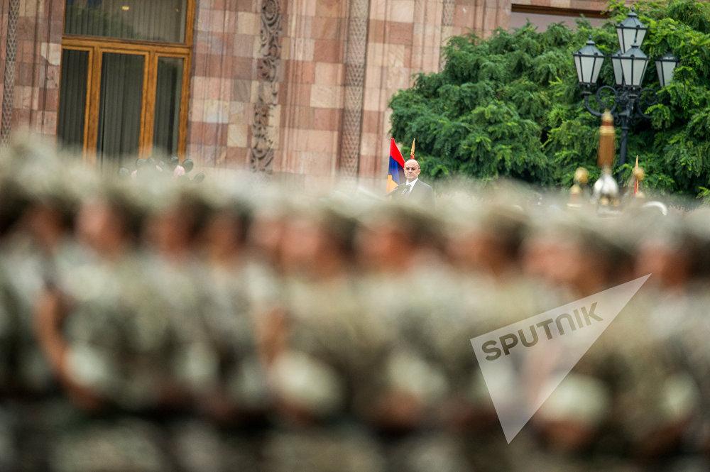 Сейран Оганян. Репетиция парада к 25-й годовщине независимости Армении