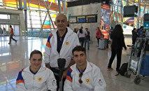 Армянские паралимпийцы в аэропорту Звартноц перед отъездом в Рио де-Жанейро
