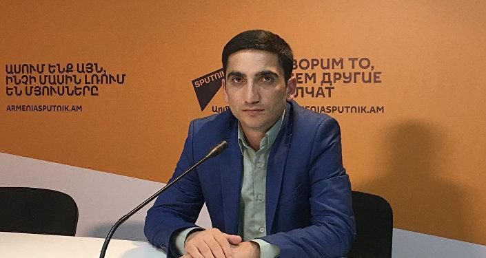 Наири Охикян