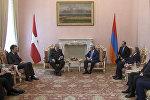 Состоялась встреча Президента Сержа Саргсяна с Князем и Великим магистром Суверенного Военного Мальтийского Ордена Фра Метью Фестингом