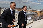 Глава Северо-Западной дирекции по строительству Марат Оганесян и Министр культуры РФ Владимир Мединский
