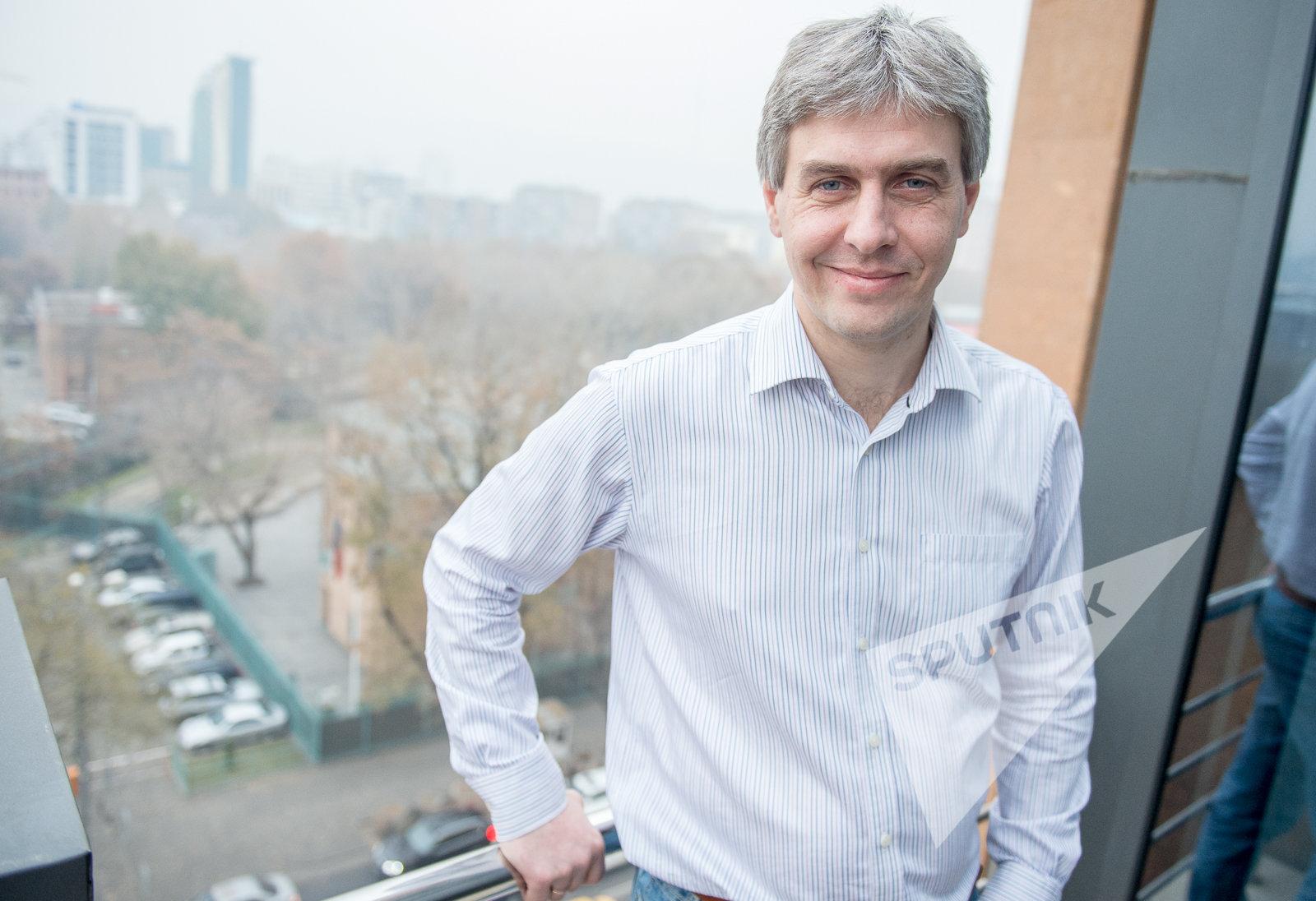 Руководитель группы геоинформационного контента Яндекс.карты Николай Калашников