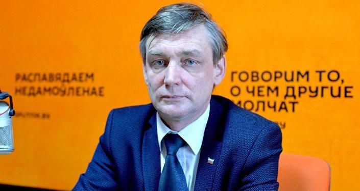 Скандального русского блогера экстрадируют вАзербайджан