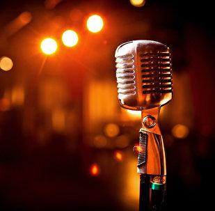 Музыка , микрофон