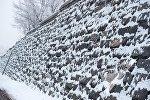 Каменная стена в Ереване