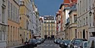 Паркинг на одной из улиц в Париже