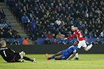Генрих Мхитарян забивает гол. Матч Манчестер Юнайтед - Лестер Сити