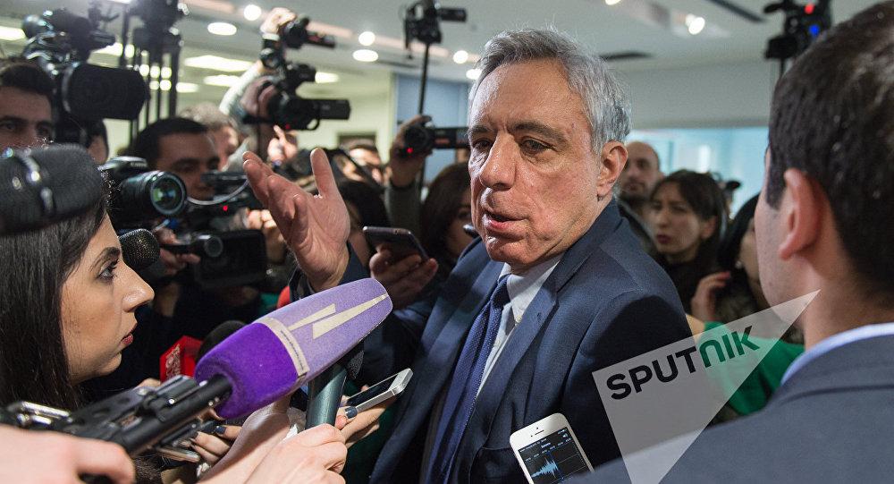 Осканян: Самвел Бабаян по разным причинам симпатизирует нашему предвыборному блоку