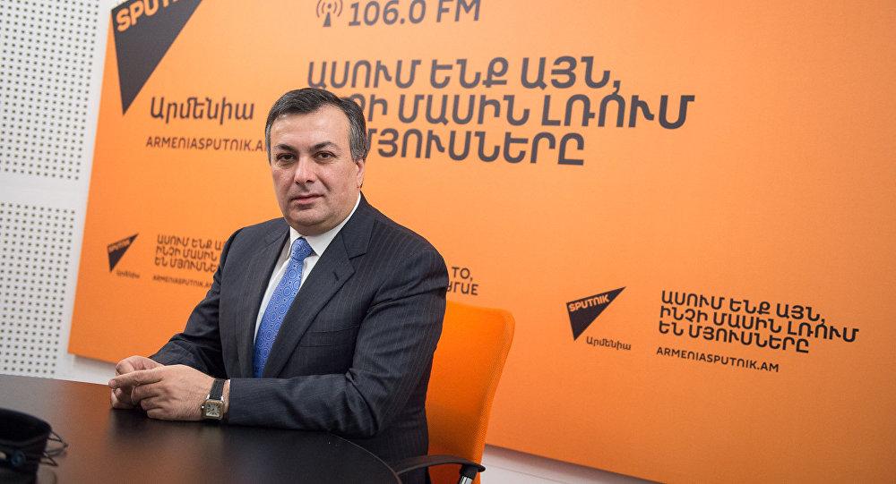Армен Амирян в гостях у радио Sputnik Армения
