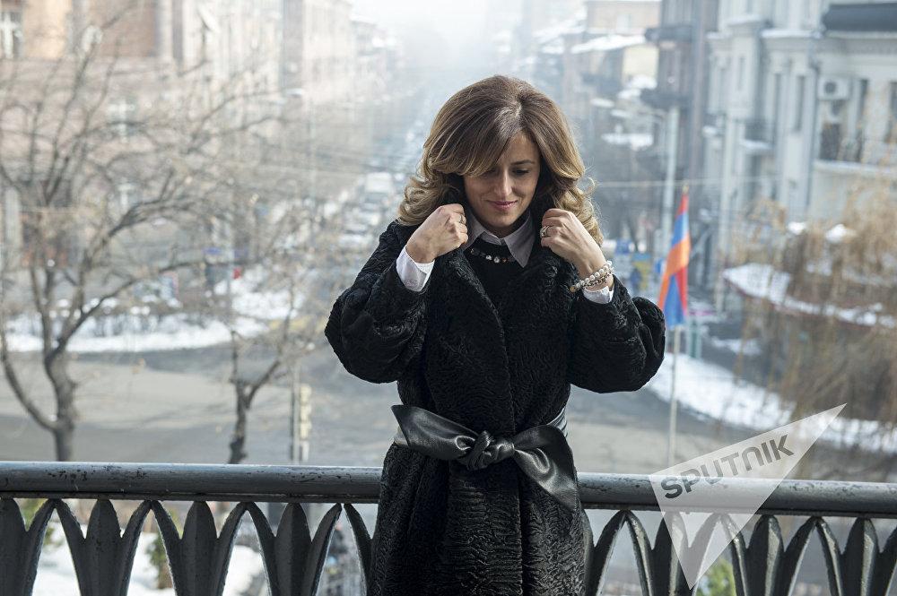 Анна Мазманян