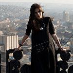 Биайна Маари По профессии программист. Уже восемь лет занимается фотографией. -В детстве мечтала стать дворником, чтобы улицы Еревана всегда были чистыми. Хочет заниматься любимым делом. Будущее видится ей максимально счастливым, добрым и мирным.