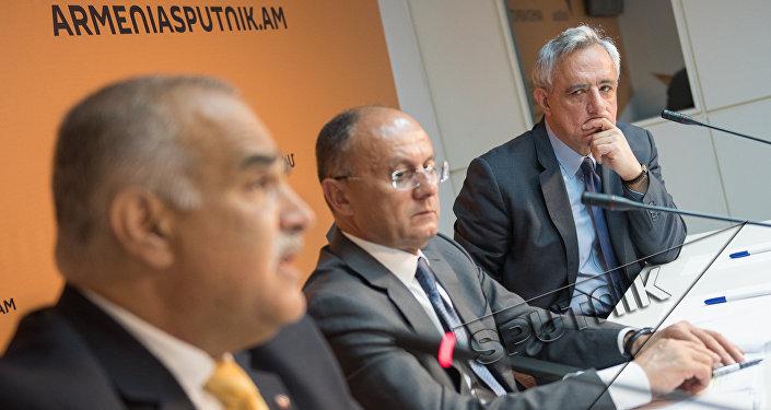 Раффи Ованнисян, Сейран Оганян и Вардан Осканян