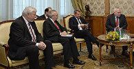 Сопредседатели Минской группы ОБСЕ Игорь Попов (Россия), Ричард Хогланд (США) и Стефан Висконти (Франция) и Анжей Каспрчик.