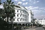 Гостиница Абхазия на улице Руставели в Сухуме. 01.07.1968.