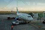 Самолет авиакомпании Армения в аэропорту Звартноц