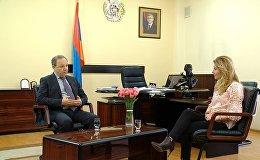 В эксклюзивном интервью Sputnik Армения министр здравоохранения РА Левон Алтунян обратился к недостаткам данной сферы, а также путям их устранения