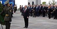 Президент Армении по случаю дня памяти жертв Геноцида посетил Цицернакаберд