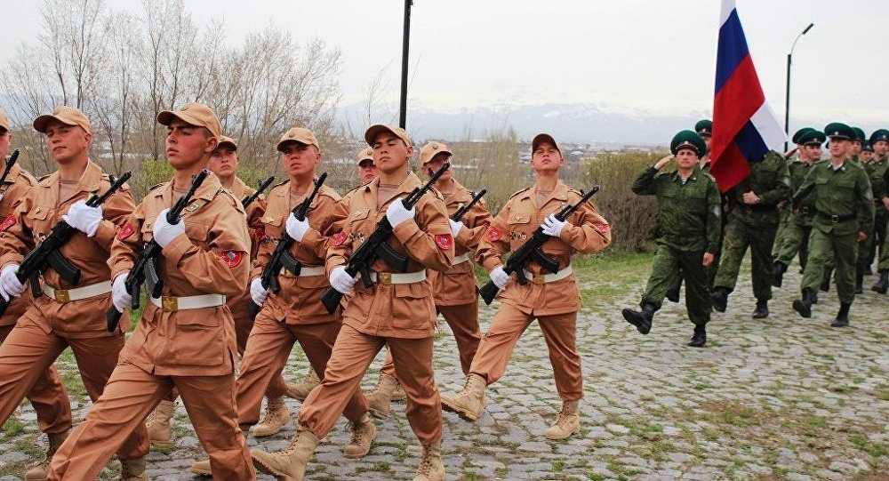Российские военные провели в Армении генеральную репетицию мероприятий ко Дню Победы