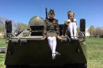 Показ военной техники на территории российской военной базы в Гюмри