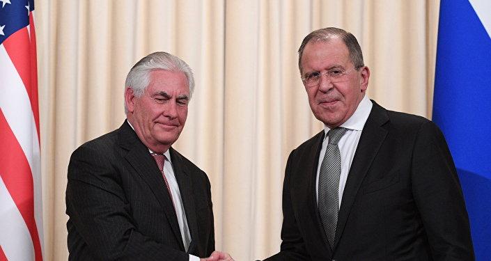 П/к министра иностранных дел РФ С. Лаврова и госсекретаря США Р. Тиллерсона