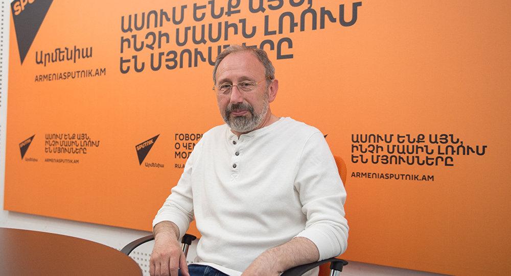 Марк Григорян в гостях у радио Sputnik Армения