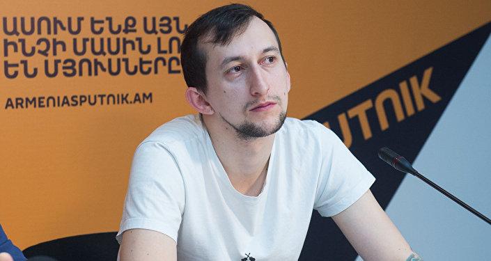 Роман Петросян